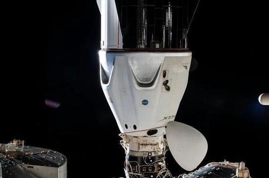 SpaceX拿下三笔私人飞行订单龙飞船或在2023年前飞往国际空间站